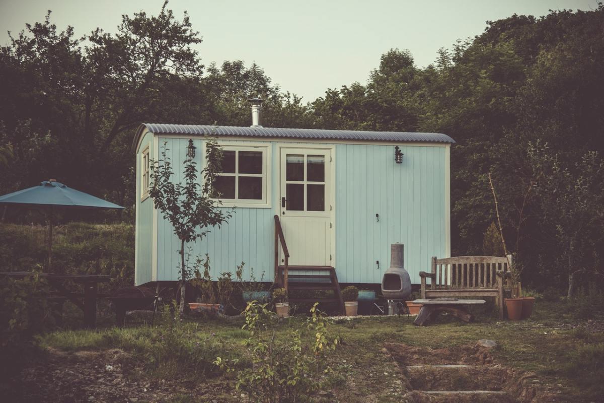 minimalist house exterior 1