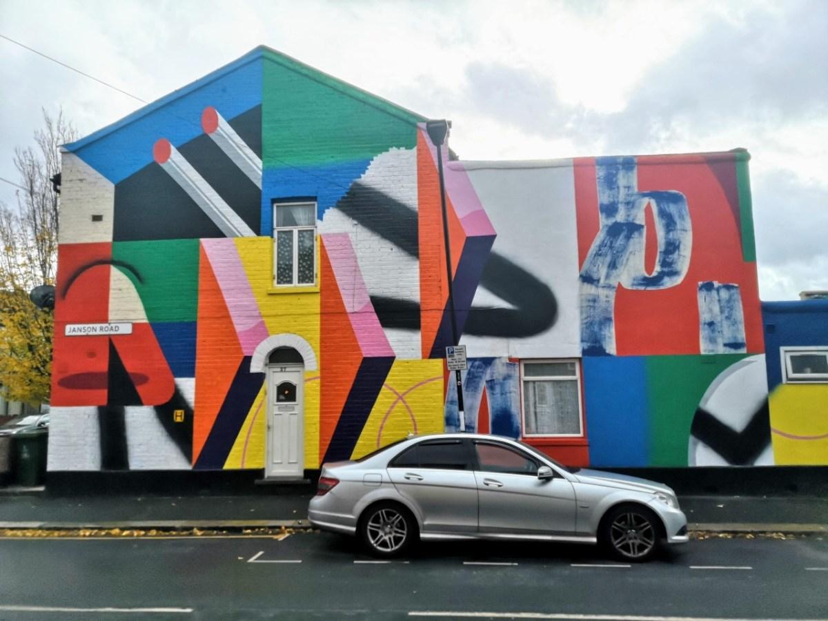 Ikur Muro mural in Newham