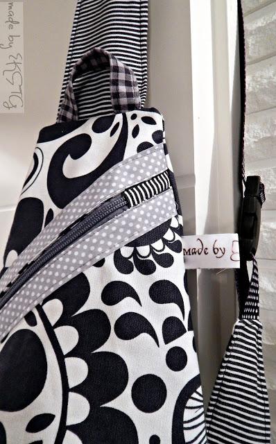 schwarz weiß Rucksack Crossbag - Ebook Taschenspieler farbenmix ein Beispiel von näh-garden