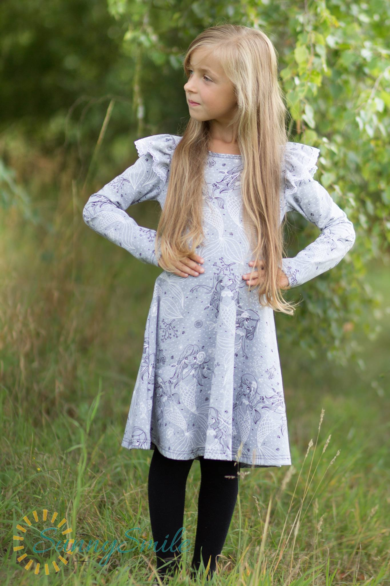 Schnittmuster-nurita-Mädchenkleid-ebook-Jerseykleid-farbenmix_Flügelärmel