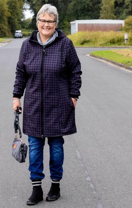 Jacken nähen für die Übergangszeit mit Schnittmuster von farbenmix - Design mialuna