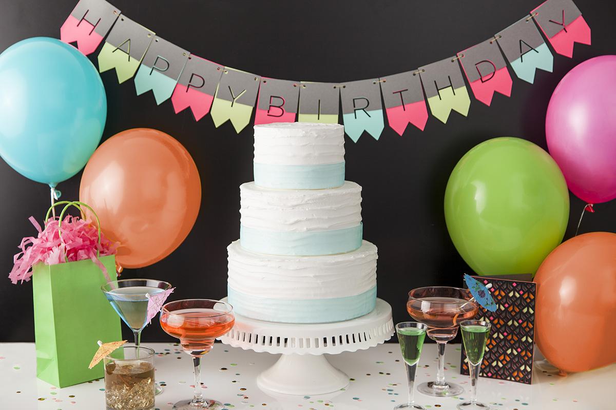 Birthday banner cake balloons