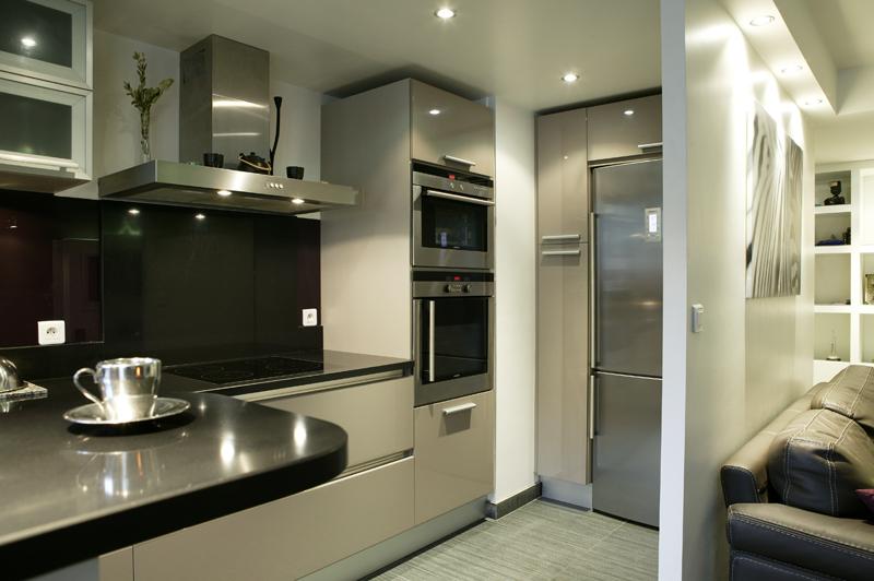 modele cuisine design cuisine design antibes modele. Black Bedroom Furniture Sets. Home Design Ideas