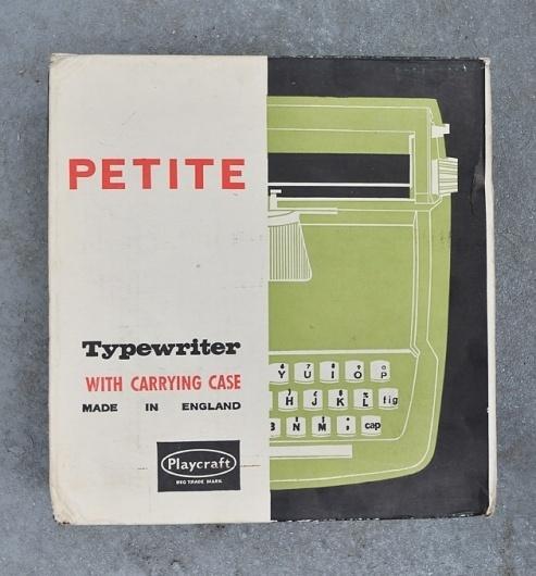 Petite Typewriter