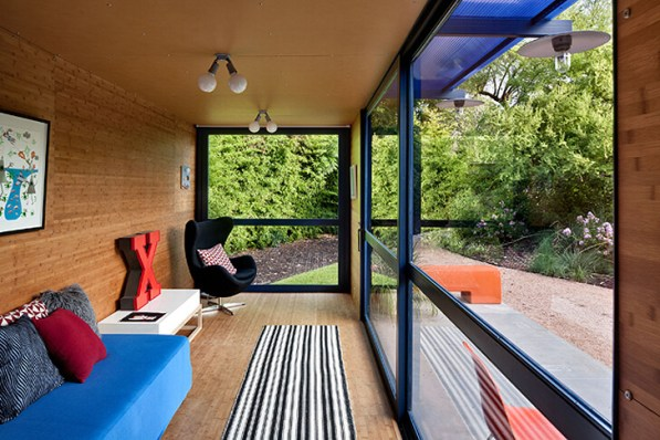 Poteet-Architects-Container-Guest-house5 (1)