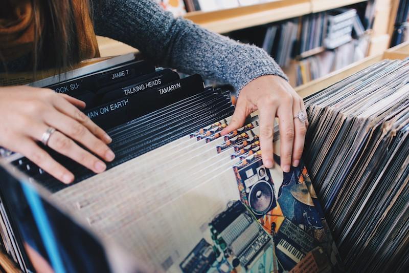 royalty-free-stock-music-websites