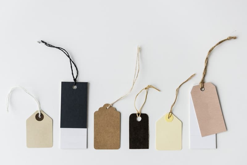 assorted-color-tags