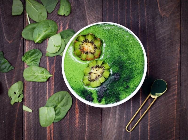 Spinach and Kiwi Healthy Fruit Shake