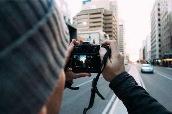 7 Best DSLR Cameras under $1000 to Capture the Best Moments of Your Life