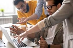 6 Tips on Using White Background in Modern Website Design