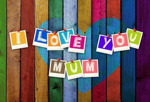 καρφίτσες που λένε σε αγαπώ μαμά