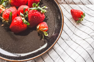 Bakken met kinderen - Aardbeien