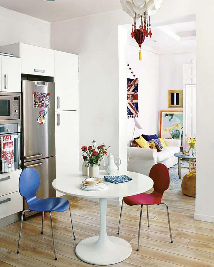 square pedestal kitchen table martha stewart cabinets 25 small dining designs for spaces ...