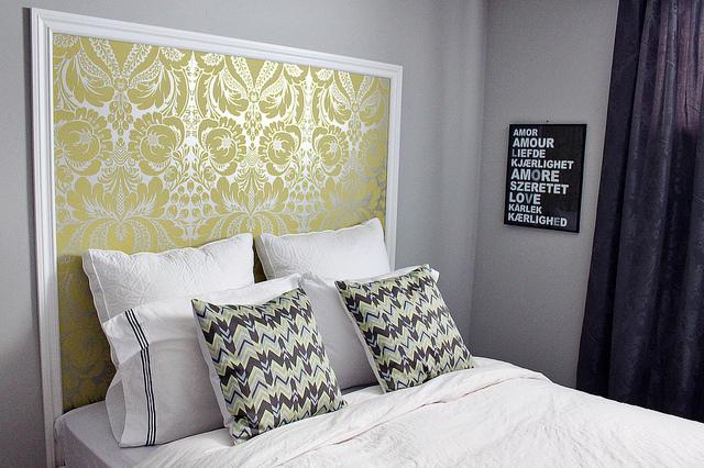 Headboard Wallpaper Ideas For The Bedroom