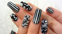 30 + Striped Nail Designs and Ideas
