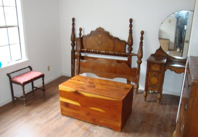 Antique Bedroom Furniture 1900