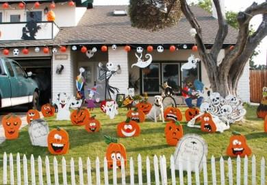 Outdoor Halloween Party Decor