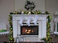 Christmas Fireplace Garland Ideas - InspirationSeek.com
