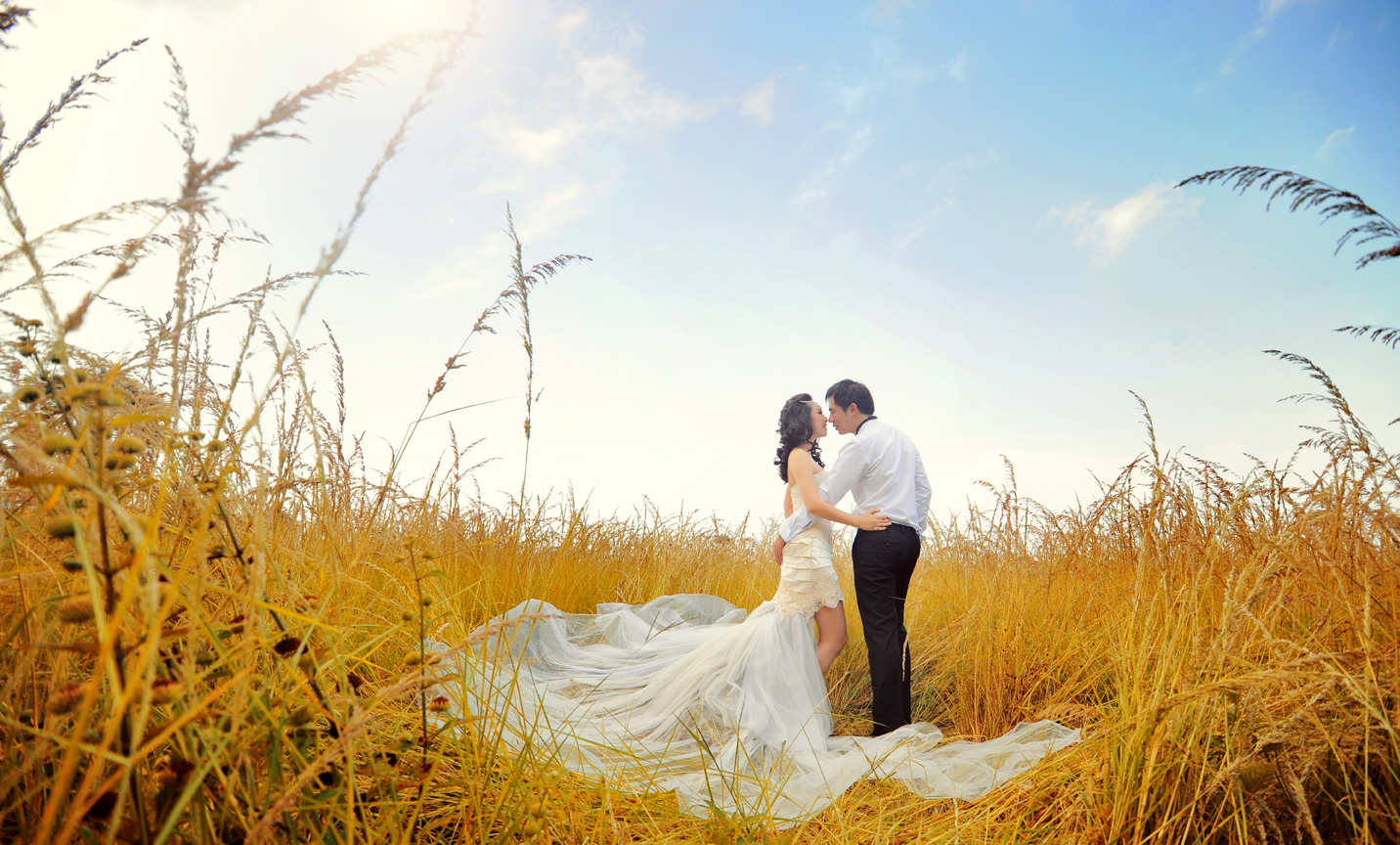 Pre-wedding Photoshoot Ideas, Indoor And Outdoor