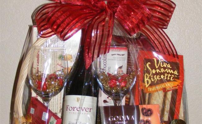 Valentine Gift Baskets Ideas Inspirationseek
