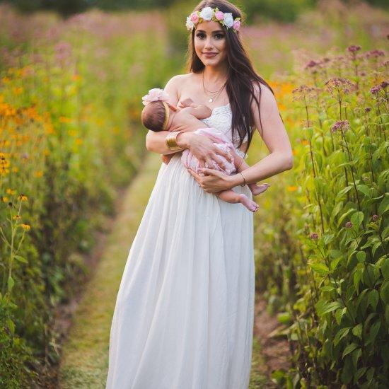 breastfeeding photoshoot