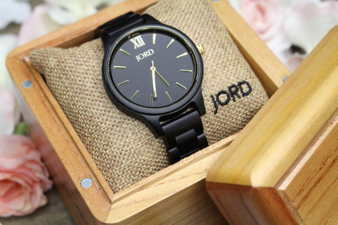 Jord Wood Watches Frankie in Ebony & Gold