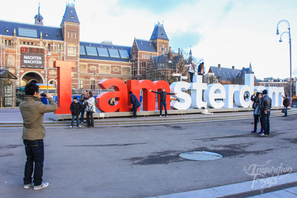 I Amsterdam sculpture ion the museumplein
