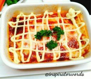 lasagna one pose cafe surabaya
