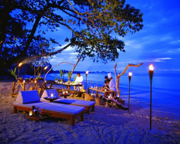 pivate_dining_beach_HR