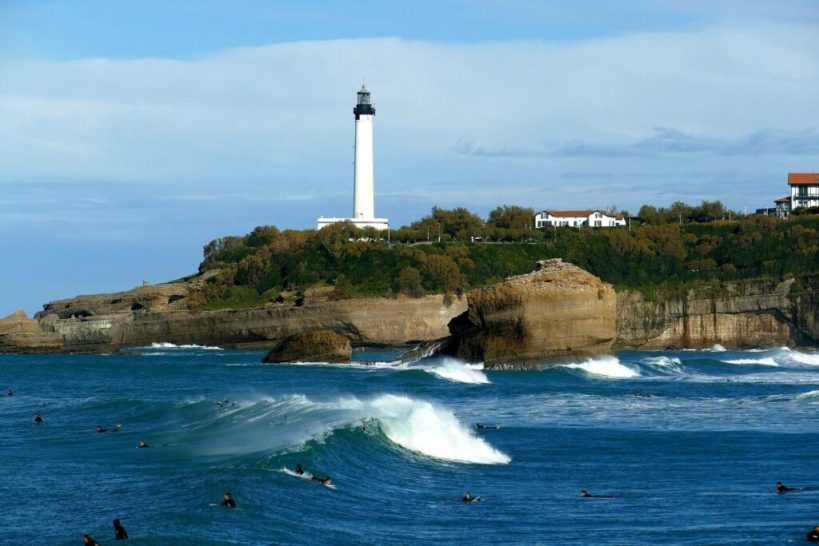 This image has an empty alt attribute; its file name is biarritz-Port-2-1024x683.jpg