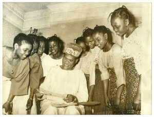 HUBERT-OGUNDE-WITH-EIGHT-WIVES-1969_Naijarchives
