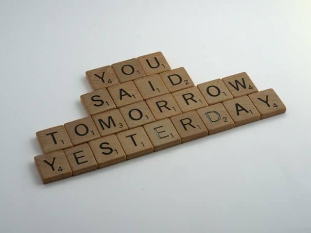 defeat-procrastination-scrabble-letters-tomorrow