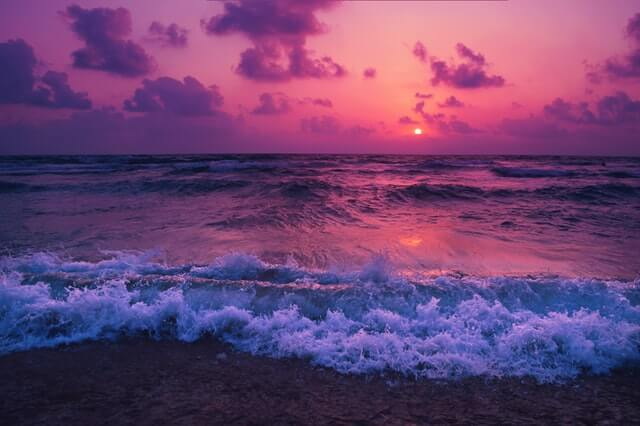 10-ignore-negativity-quotes-waves-sunset-beautiful-colors