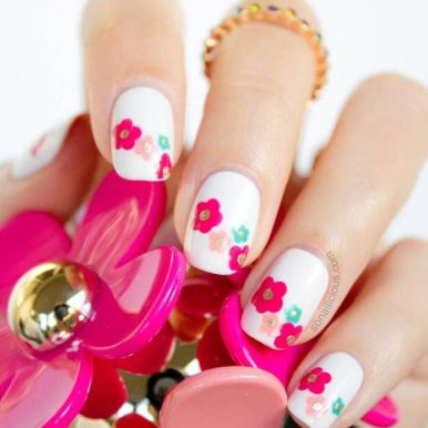 Spring-Nail-Designs-Delightful-Daisies-1