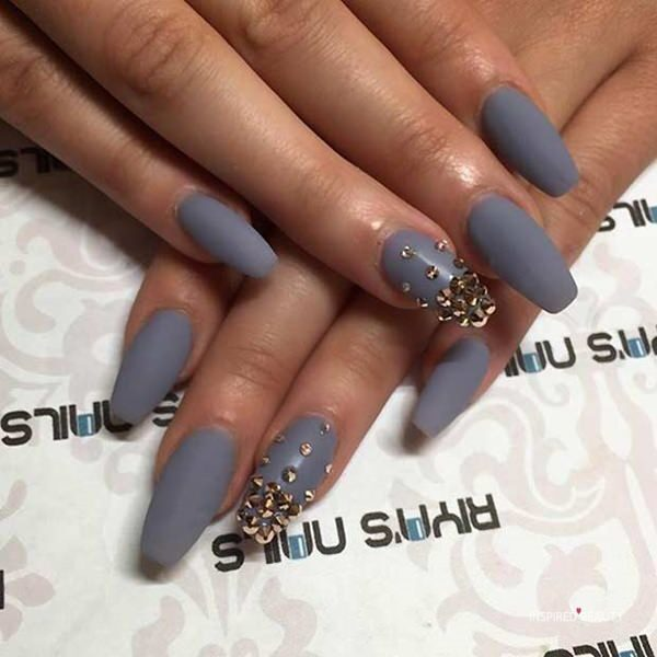 Coffin nails with studs