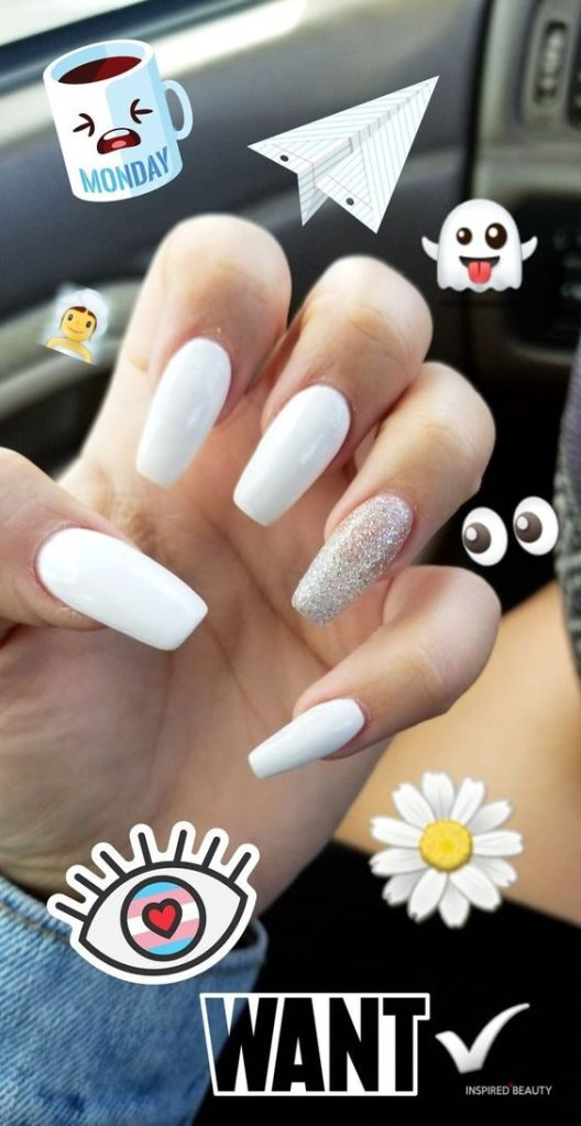 White COFFIN ACRYLIC NAILS