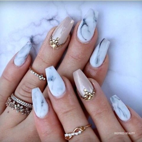 Acrylic coffin nails