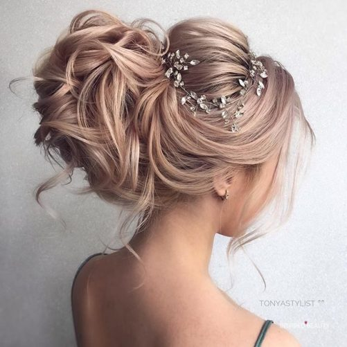 bridal hairstyle for 2019