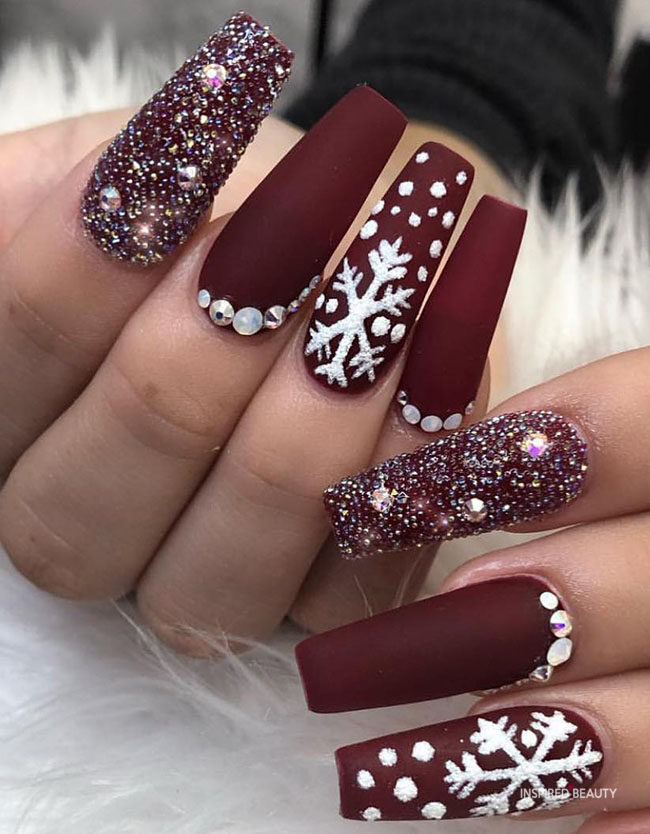 Coffin Winter Nails