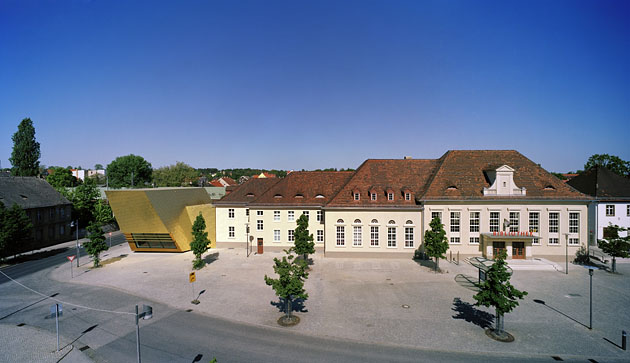 Bibliothek Luckenwalde Town Library
