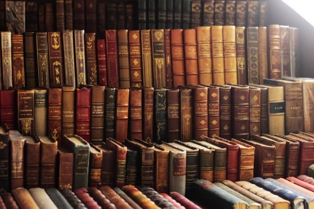 10 найдорожчих книг у світі