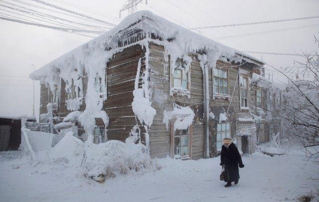coldest-village-oymyakon-russia-amos-chaple-20