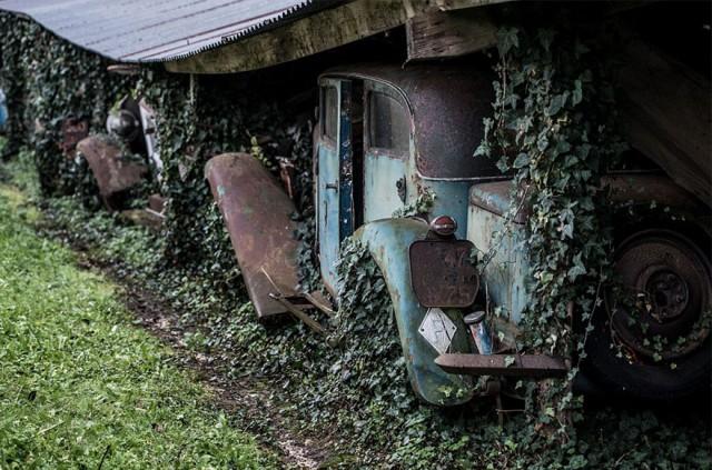 treasure-vintage-old-classic-cars-retromobile-france-roger-baillon-161