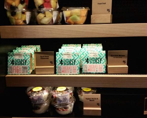 choc_mousse_fresh_fruit