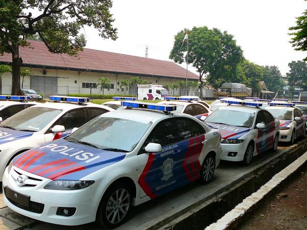 Indonesian_Police_Mazda6