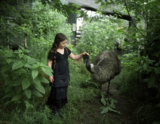 amelia-and-the-animals-exotic-photography-robin-schwartz-14
