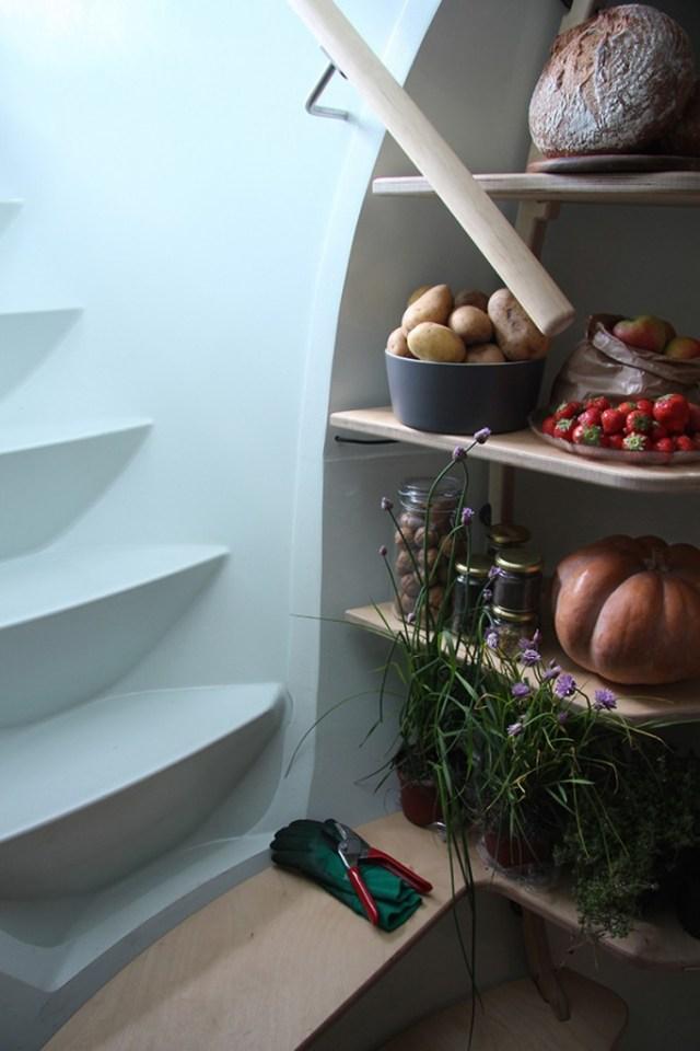 ground-fridge_241015_04
