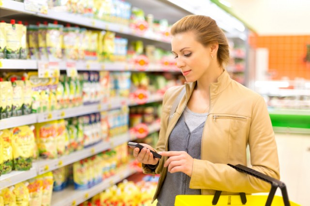 iStock_Grocery-Shopping-App-Small (1)