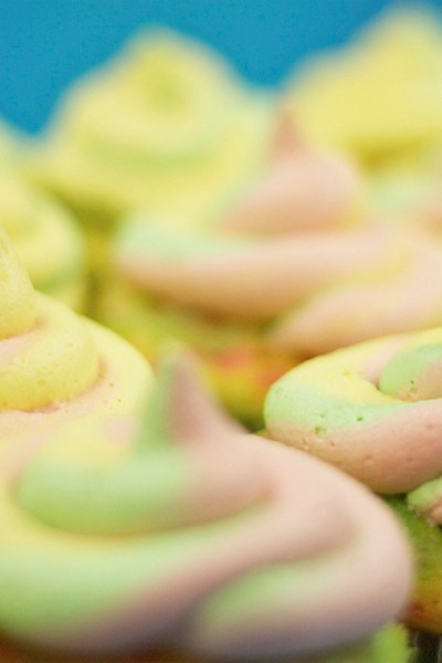 Keep Calm & Eat a Cupcake
