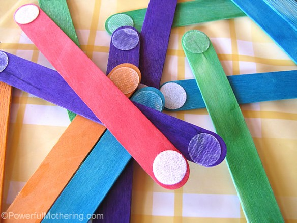velcro-dot-sticks